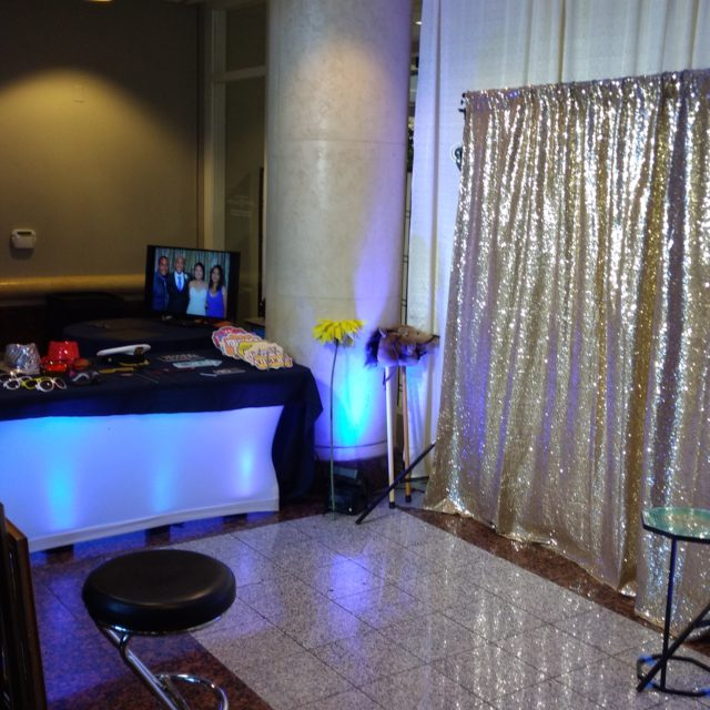 40 Reception - Tsakopoulos Library Galleria (The amazing Jazcat Photo Booth)
