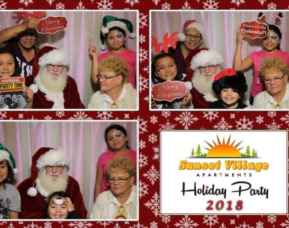 Sunset Village Holiday Party Dec19 (16)